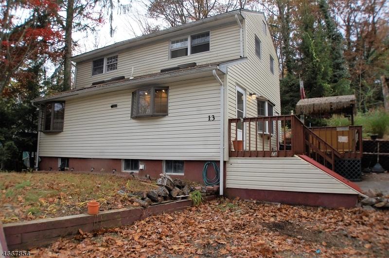 Maison unifamiliale pour l à louer à 13 Acorn Trail Oak Ridge, New Jersey 07438 États-Unis