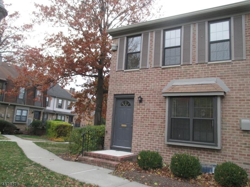 Maison unifamiliale pour l à louer à 181 Long Hill Rd Q-1 Little Falls, New Jersey 07424 États-Unis