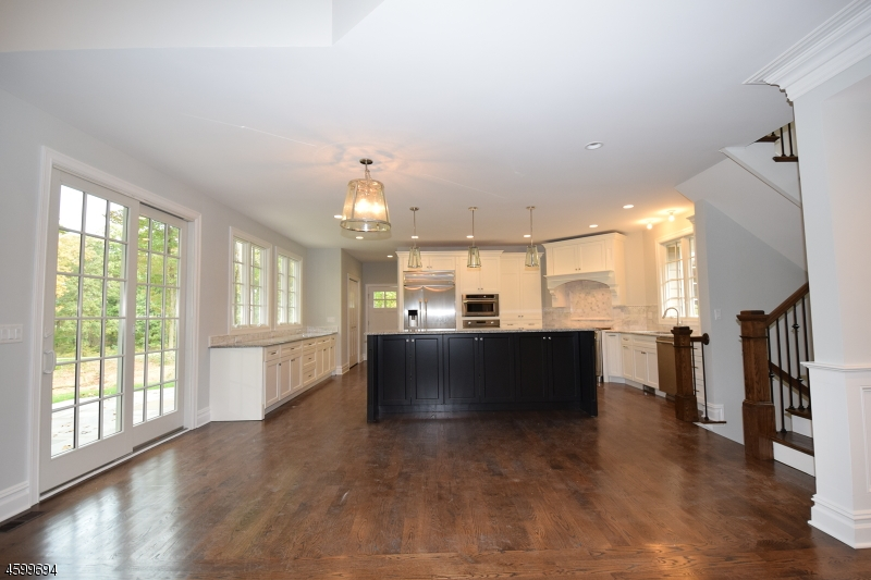 Additional photo for property listing at 11 BRADY DR WEST  Gladstone, Nueva Jersey 07934 Estados Unidos