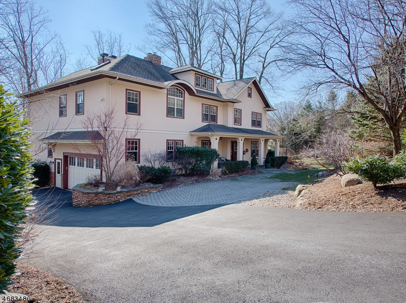 Casa Unifamiliar por un Venta en 52 LAUREL HILL Road Mountain Lakes, Nueva Jersey 07046 Estados Unidos