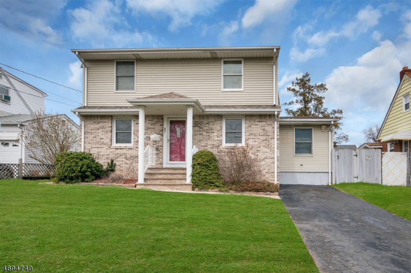 Single Family Home for Sale at 87 Birchwood Drive Elmwood Park, New Jersey 07407 United States