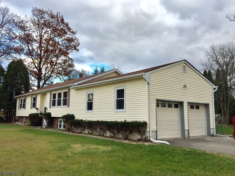 Single Family Home for Sale at 623 Grand Avenue Hackettstown, New Jersey 07840 United States