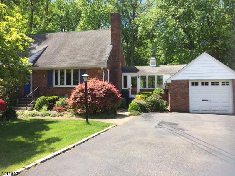 独户住宅 为 出租 在 295 Brooklake Road Florham Park, 新泽西州 07932 美国