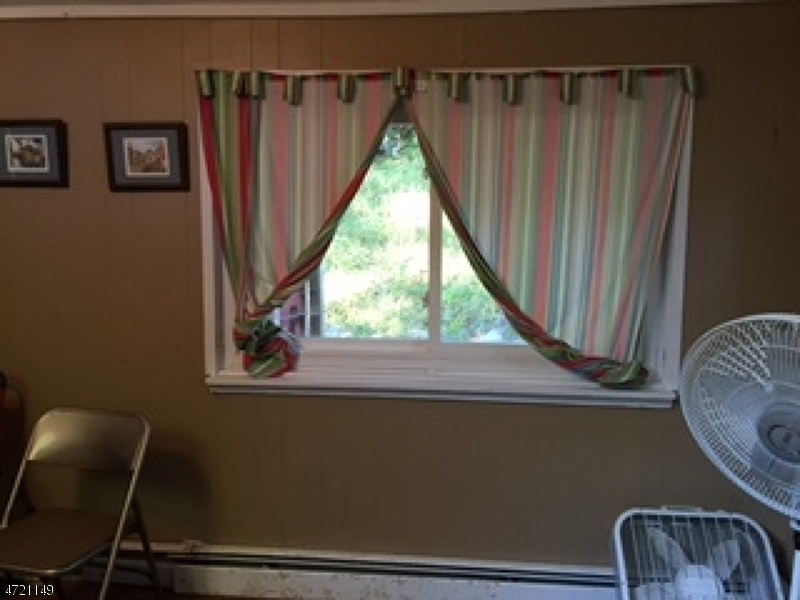 Additional photo for property listing at 7 Birch Road  Vernon, New Jersey 07461 États-Unis