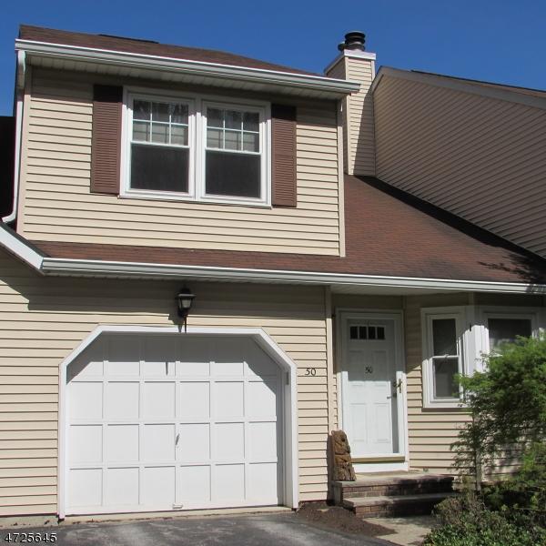 Maison unifamiliale pour l à louer à 50 Carriage Lane Sparta, New Jersey 07871 États-Unis