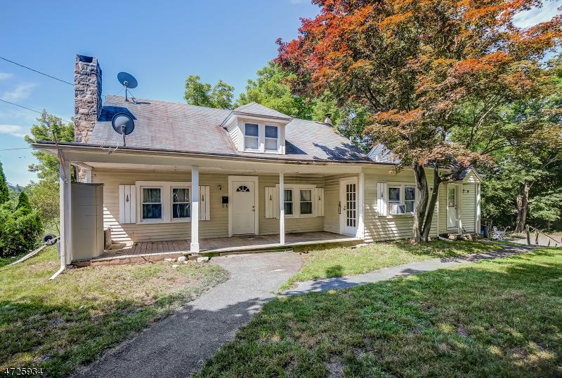Casa Multifamiliar por un Venta en 28 Mohawk Avenue Sparta, Nueva Jersey 07871 Estados Unidos
