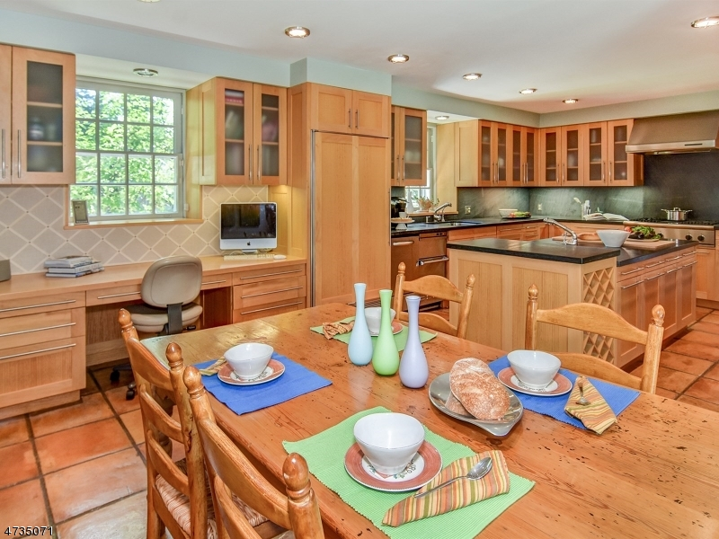 Additional photo for property listing at 101 Oval Road  Essex Fells, New Jersey 07021 États-Unis
