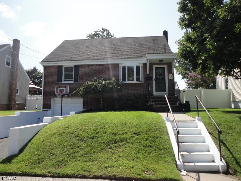 独户住宅 为 销售 在 136 Lincoln Avenue 德尔布鲁克, 新泽西州 07663 美国