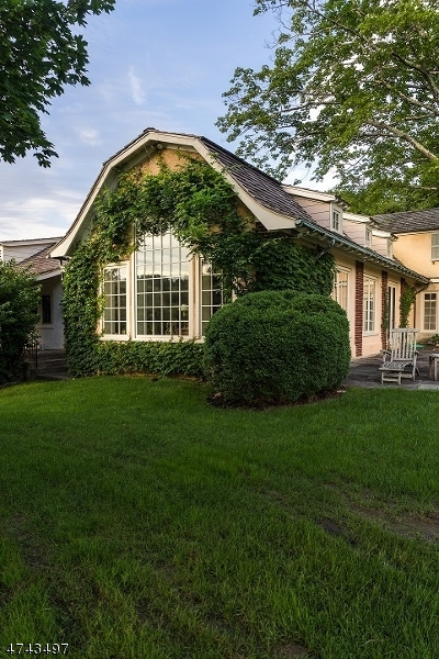 Additional photo for property listing at 201 PLEASANT VALLEY Road  Mendham, Нью-Джерси 07945 Соединенные Штаты