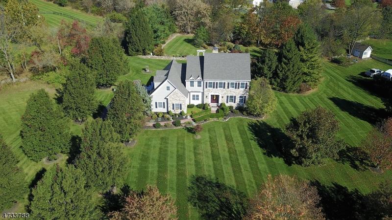 独户住宅 为 销售 在 201 PARKER Road Greenwich, 新泽西州 08804 美国