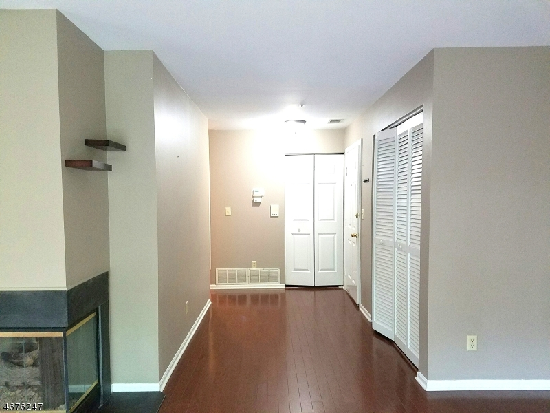 Casa Unifamiliar por un Alquiler en 6 Village Drive Morris Township, Nueva Jersey 07960 Estados Unidos