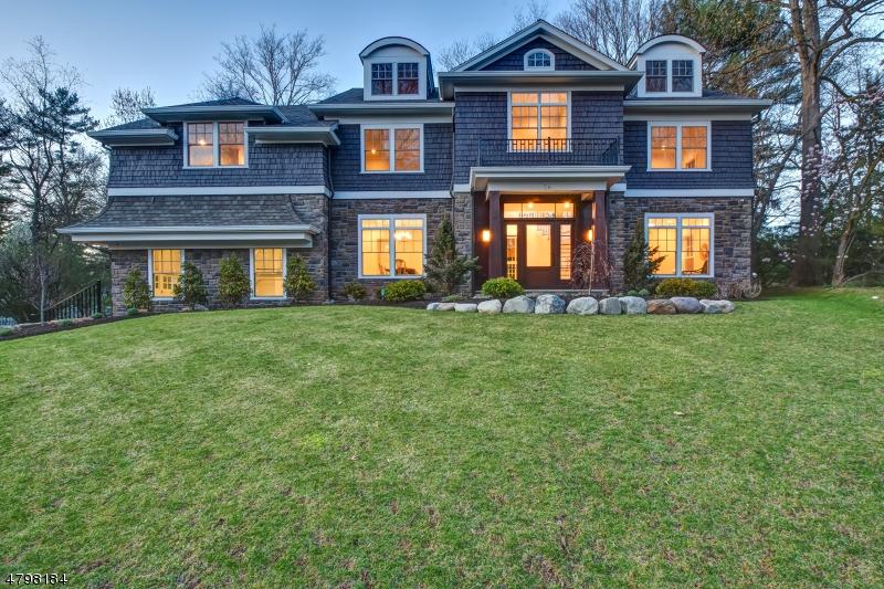 獨棟家庭住宅 為 出售 在 28 Rolling Hill Drive Chatham, 新澤西州 07928 美國