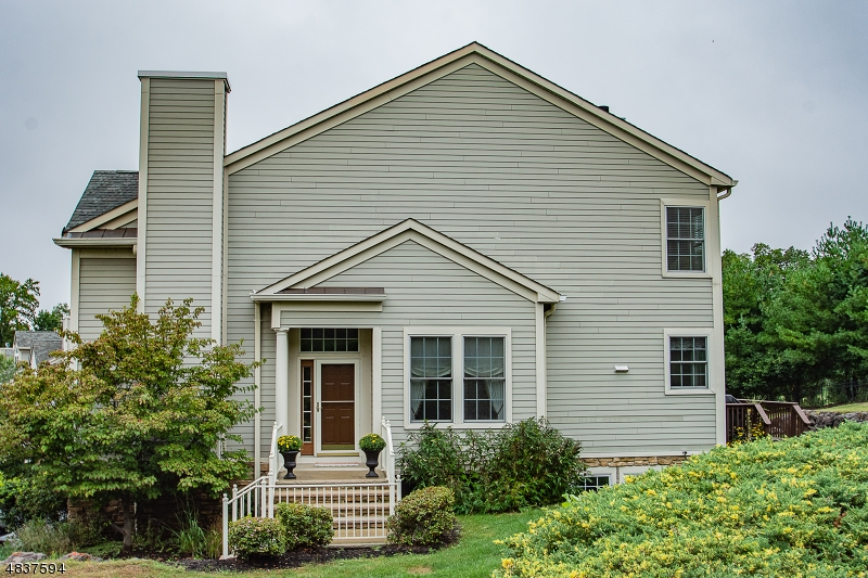 Condominium for Sale at 11 SKYVIEW DR 11 SKYVIEW DR North Haledon, New Jersey 07508 United States
