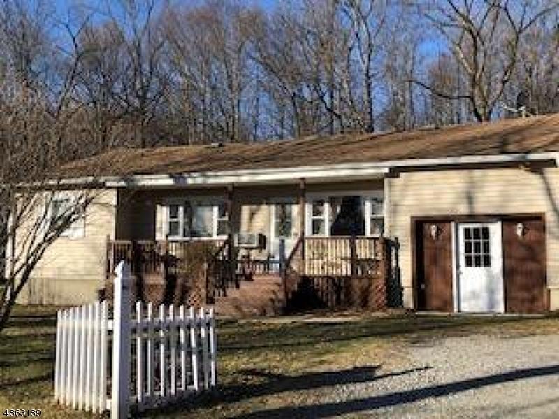 獨棟家庭住宅 為 出售 在 916 FIVE POINTS Lane Stillwater, 新澤西州 07860 美國