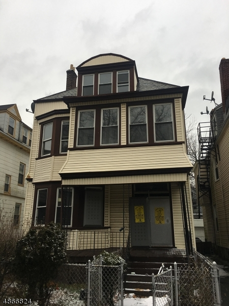 Villas / Townhouses for Sale at 23 S 17TH ST 23 S 17TH ST East Orange, New Jersey 07018 United States