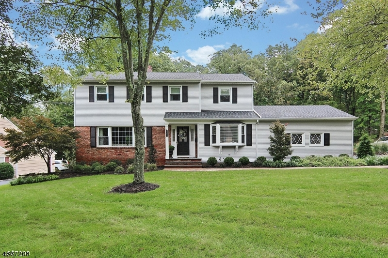 Single Family Home for Sale at 141 LORRAINE DR 141 LORRAINE DR Berkeley Heights, New Jersey 07922 United States