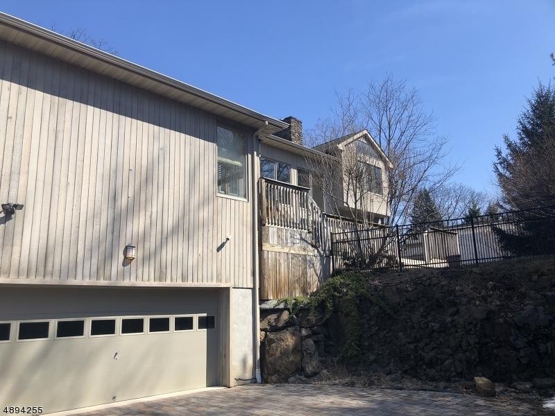 single family homes для того Продажа на Cedar Grove, Нью-Джерси 07009 Соединенные Штаты