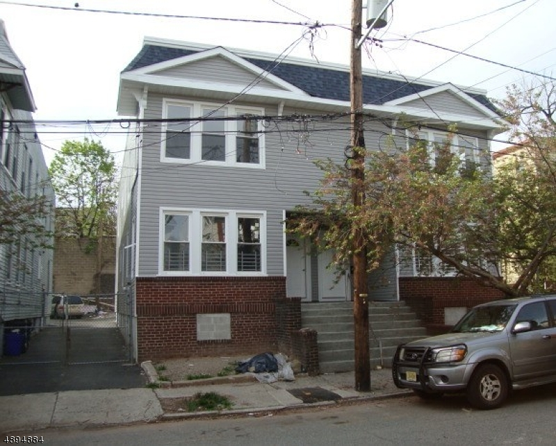 Multi-Family Home for Sale at Newark, New Jersey 07112 United States