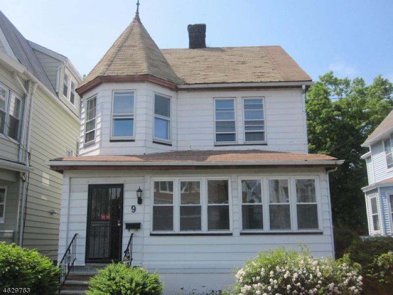 Maison unifamiliale pour l Vente à Address Not Available West Orange, New Jersey 07052 États-Unis