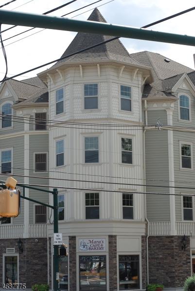 独户住宅 为 出租 在 250 South Avenue 凡伍德, 07023 美国