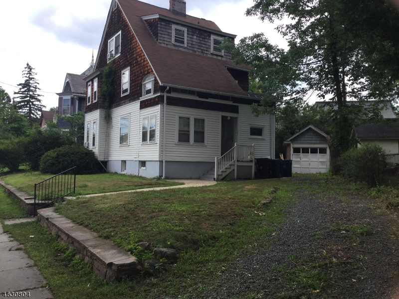 Additional photo for property listing at 131-37 E 9TH Street  Plainfield, Nueva Jersey 07060 Estados Unidos