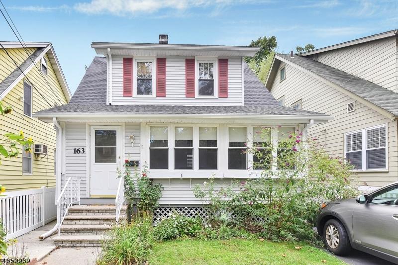 Maison unifamiliale pour l Vente à 163 Streetate Street Bloomfield, New Jersey 07003 États-Unis