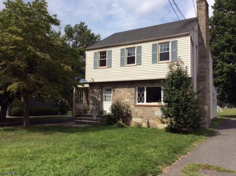 Частный односемейный дом для того Продажа на 39 W Hanover Avenue Morris Plains, Нью-Джерси 07950 Соединенные Штаты