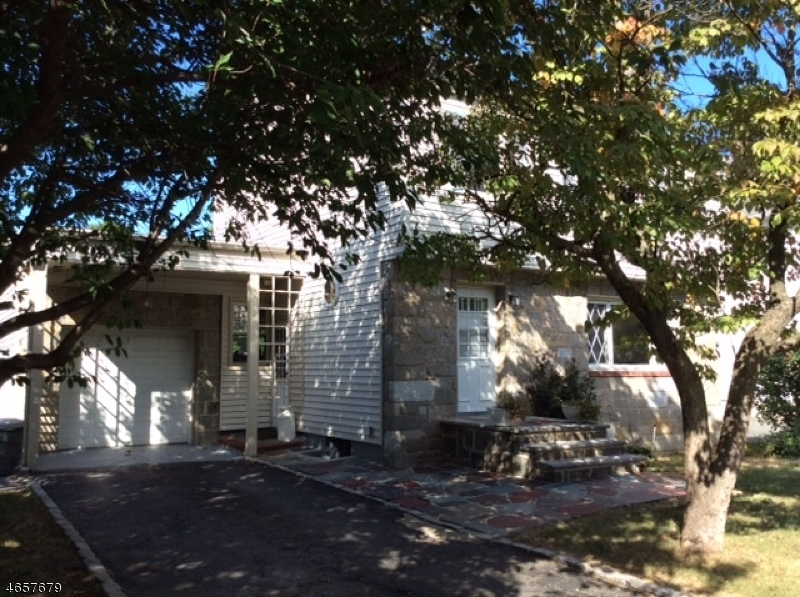 Additional photo for property listing at 39 W Hanover Avenue  Morris Plains, New Jersey 07950 United States