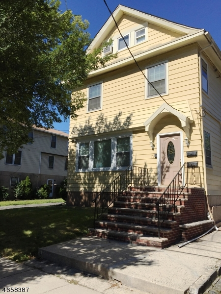 Additional photo for property listing at 21 Wetmore Avenue  Maplewood, New Jersey 07040 États-Unis