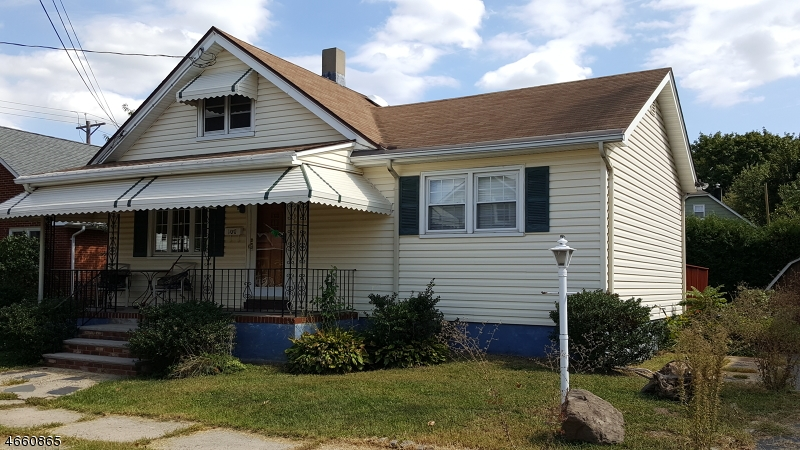 Additional photo for property listing at 100 Gladys Avenue  Manville, New Jersey 08835 United States