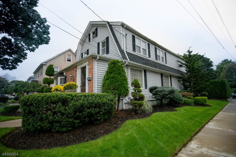 Additional photo for property listing at 642 Ramapo Avenue  Pompton Lakes, New Jersey 07442 United States