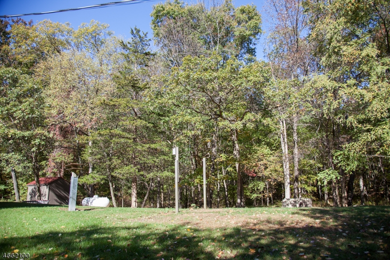 Additional photo for property listing at 926 Old School House Road  Newton, New Jersey 07860 United States