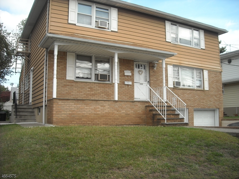 Additional photo for property listing at 300 Delawanna Avenue  Clifton, New Jersey 07014 États-Unis