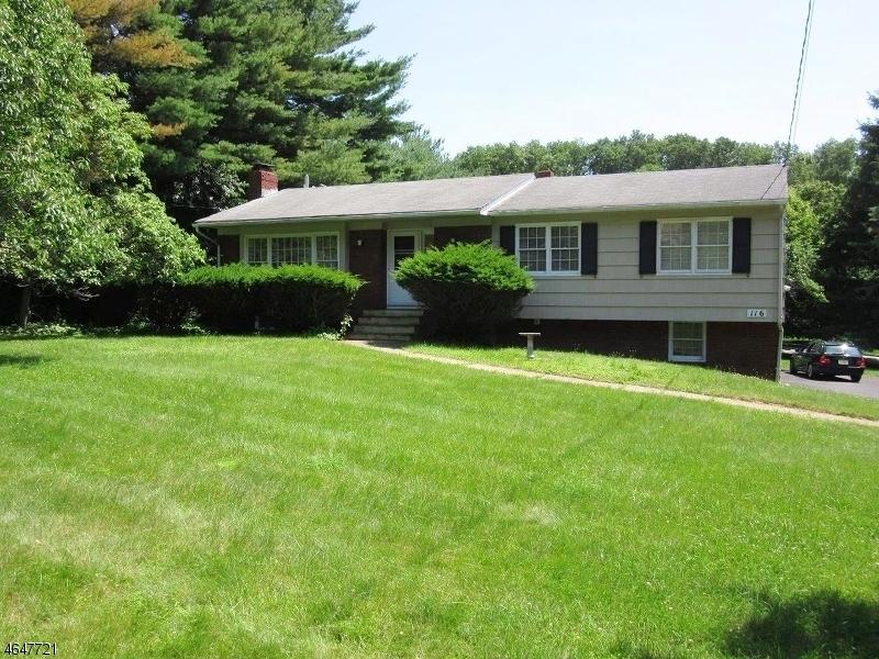 独户住宅 为 出租 在 116 W Hanover Avenue 伦道夫, 新泽西州 07869 美国