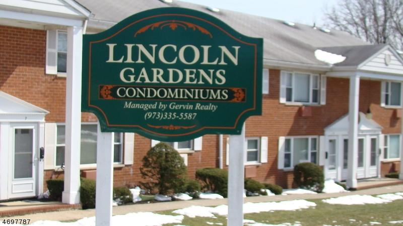 Maison unifamiliale pour l à louer à 17 Lincoln Gdns Lake Hiawatha, New Jersey 07034 États-Unis