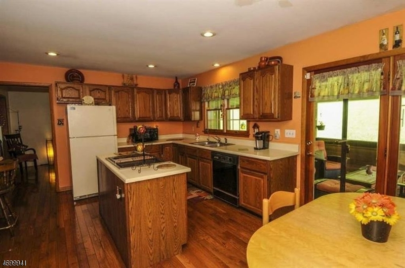 Additional photo for property listing at 533 Rockport Road  Mansfield, New Jersey 07840 United States