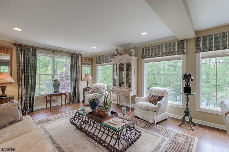 Additional photo for property listing at 12 Lakeside Drive  Parsippany, New Jersey 07054 United States