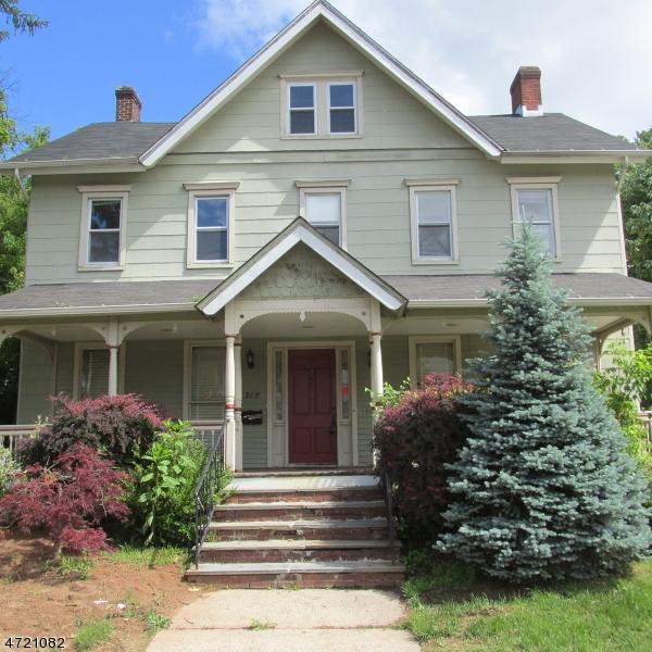 Casa Unifamiliar por un Alquiler en 315 E High Street Bound Brook, Nueva Jersey 08805 Estados Unidos