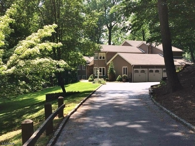 Single Family Home for Sale at 16 Fox Hollow Road Morristown, New Jersey 07960 United States