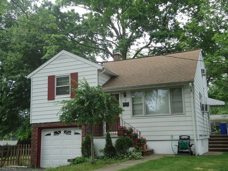 Single Family Home for Rent at 18 Maple Lane Lake Hiawatha, New Jersey 07034 United States