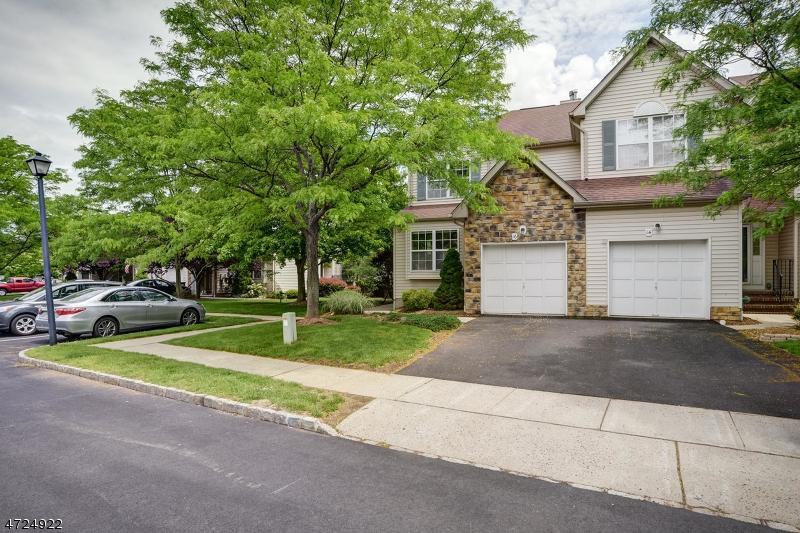 Casa Unifamiliar por un Alquiler en 16 Bateman Way Hillsborough, Nueva Jersey 08844 Estados Unidos