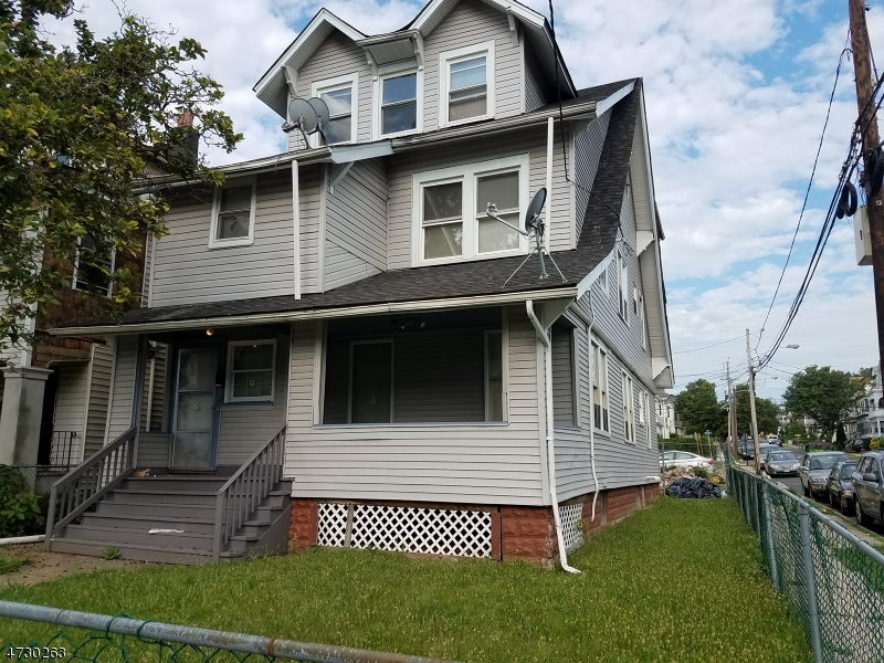 Single Family Home for Rent at 575 Stuyvesant Avenue Irvington, New Jersey 07111 United States