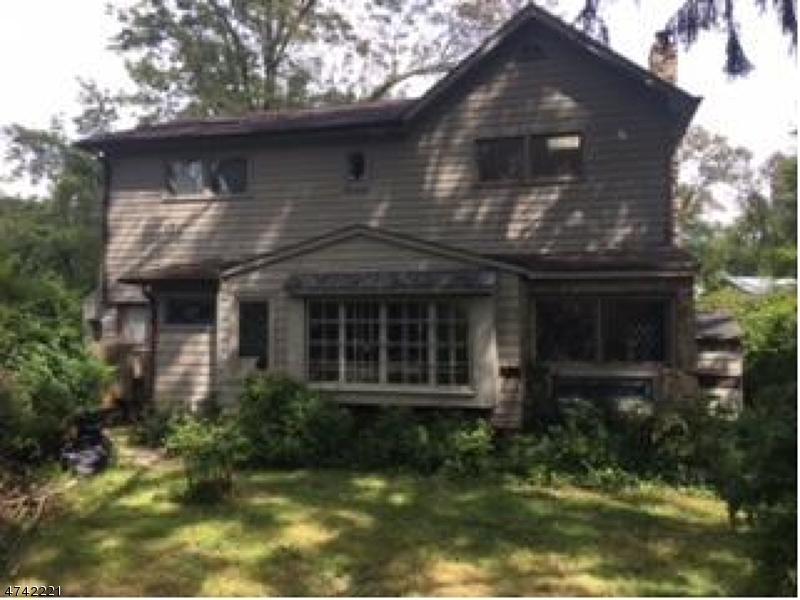 Частный односемейный дом для того Продажа на 7 Cosma Place Mendham, Нью-Джерси 07945 Соединенные Штаты