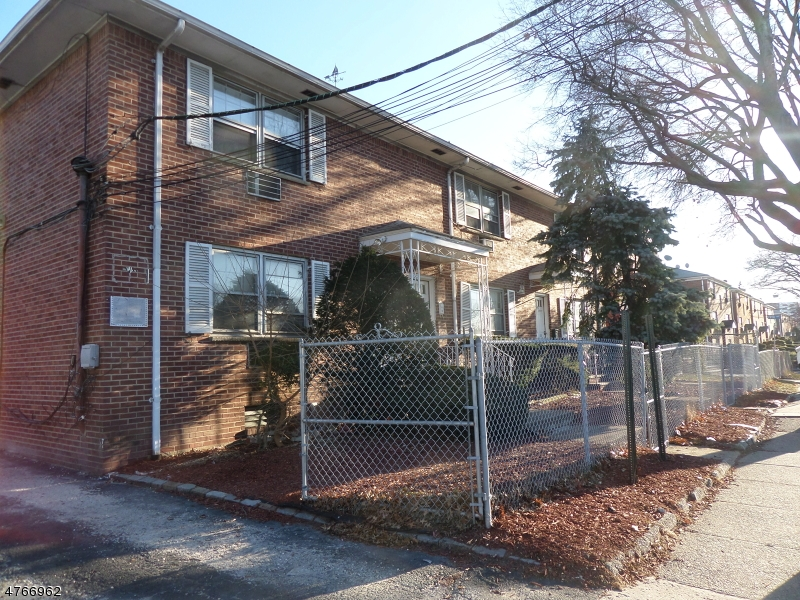 Commercial for Sale at 266 Eastern Pkwy Irvington, New Jersey 07111 United States