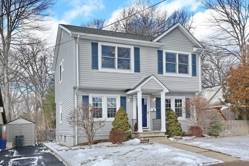 独户住宅 为 销售 在 9 Park Avenue Waldwick, 新泽西州 07463 美国