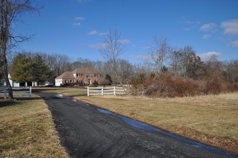 Casa Unifamiliar por un Venta en 406 County Road 601 Montgomery, Nueva Jersey 08502 Estados Unidos
