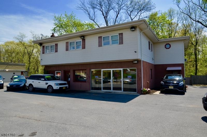 Commercial pour l Vente à 16 State Route 57 Hackettstown, New Jersey 07840 États-Unis