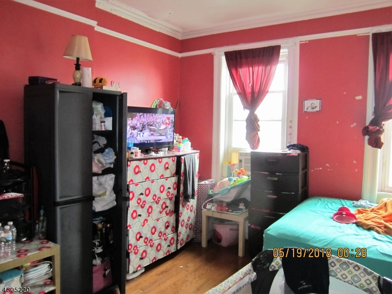 Additional photo for property listing at 724 21st Street  Union, New Jersey 07087 United States