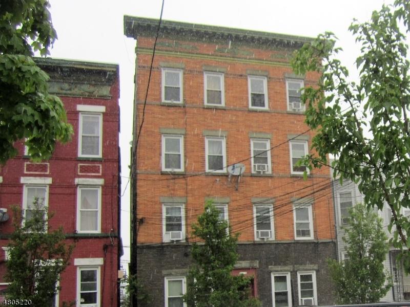 商用 为 销售 在 724 21st Street Union, 新泽西州 07087 美国