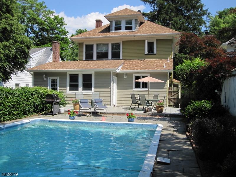 Casa Unifamiliar por un Venta en 6 MAPLE Avenue Newton, Nueva Jersey 07860 Estados Unidos